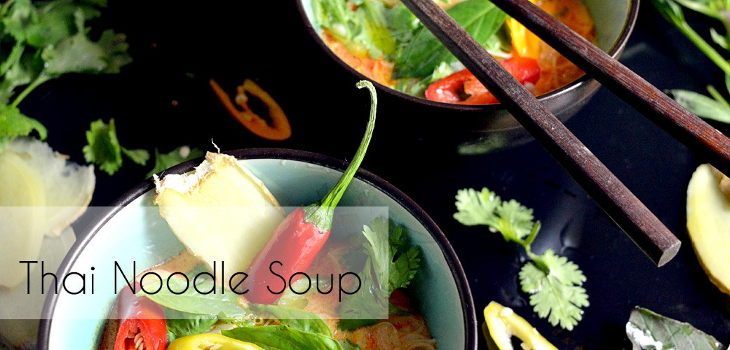 Superfood rocks in dieser Thai Noodle Soup
