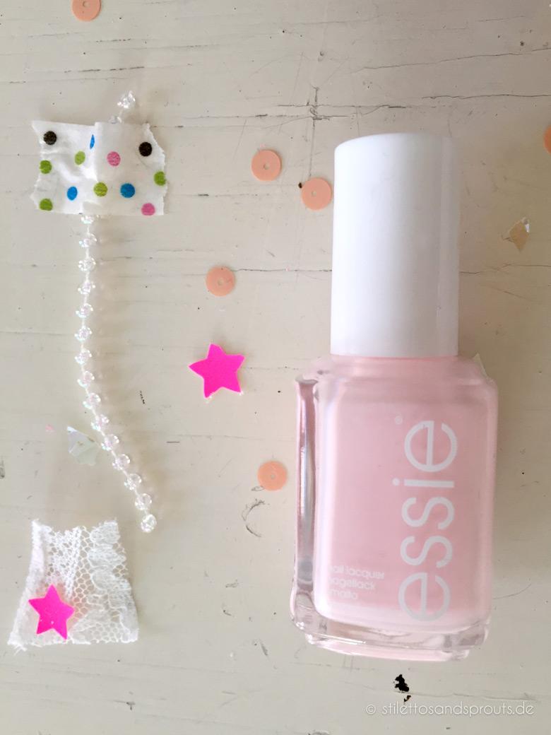 Essie Romper Room Nagellack-Trendfarbe