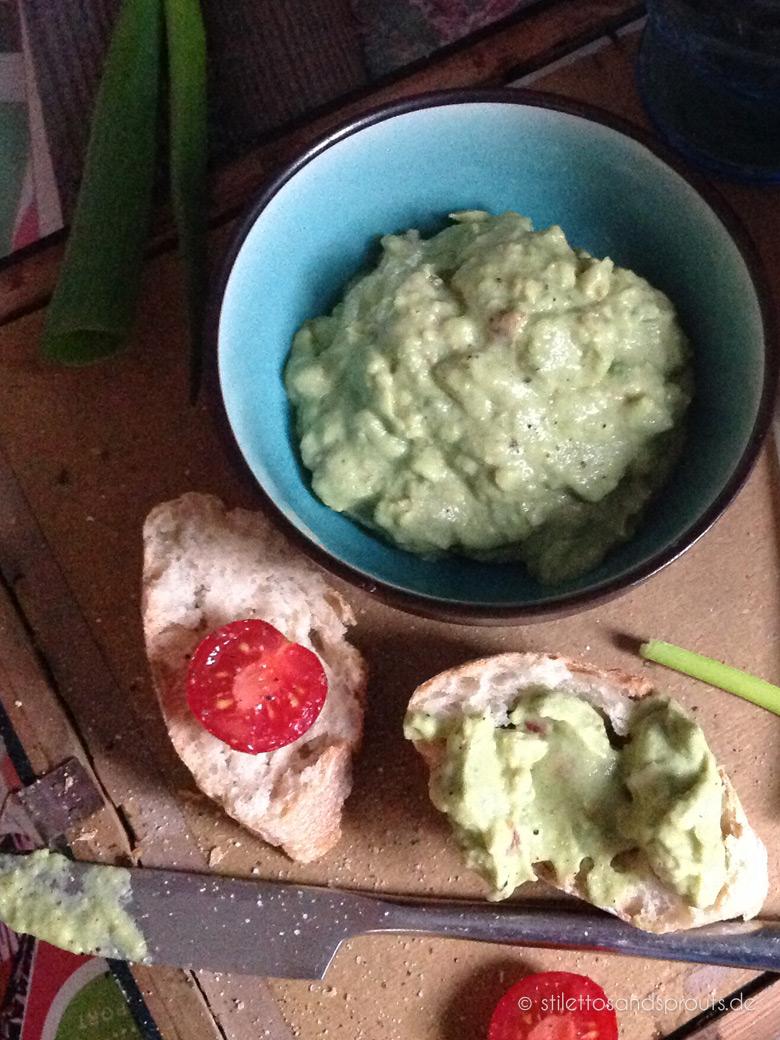 Weltbeste Guacamole ohne Koblauch – frisch und lecker – Partyfood