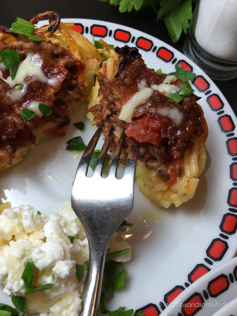 Spaghetti Muffins mit Tomatensauce