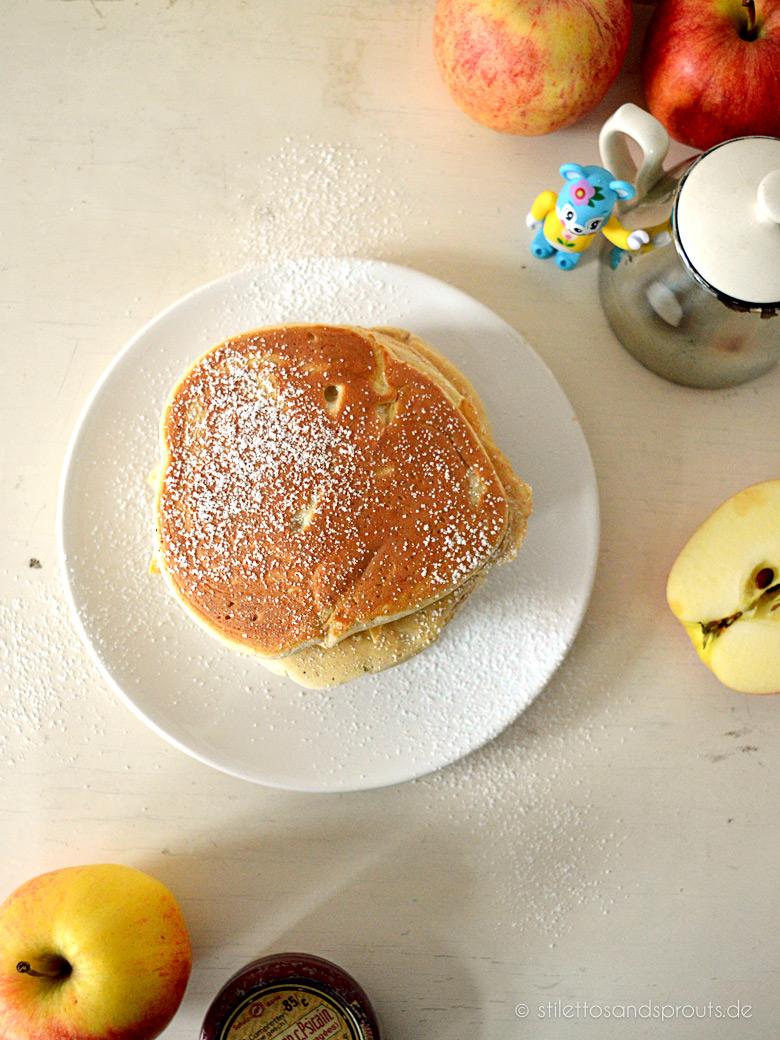 Apple Pancakes mit Zimt
