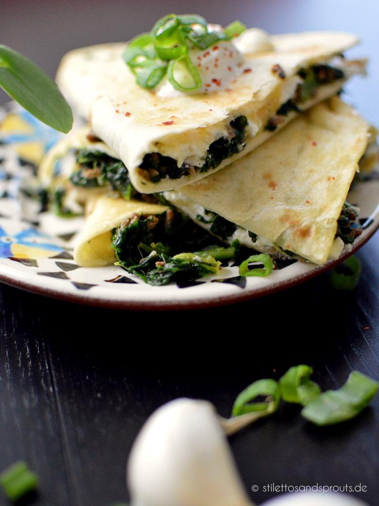 Spinat-Quesadillas mit Hackfleisch und Feta