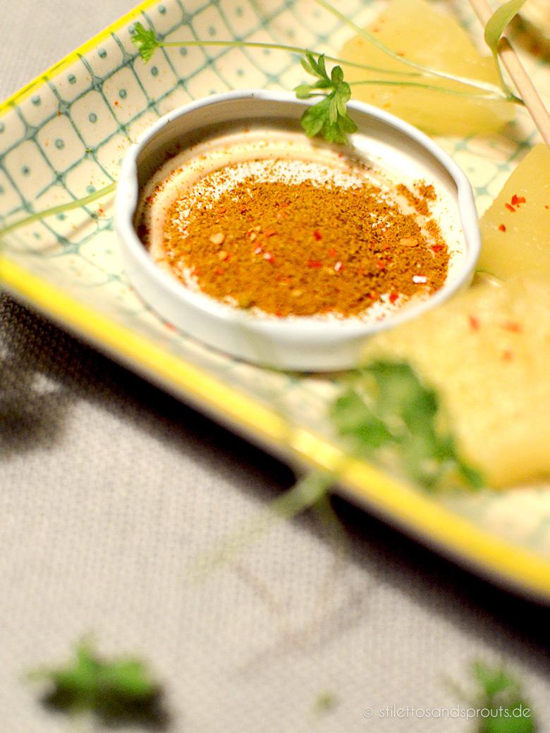 Pasta mit Pute, Ananas, Banane und cremiger Currysauce