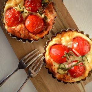 Tomaten-Tarteletts mit Ziegenkäse