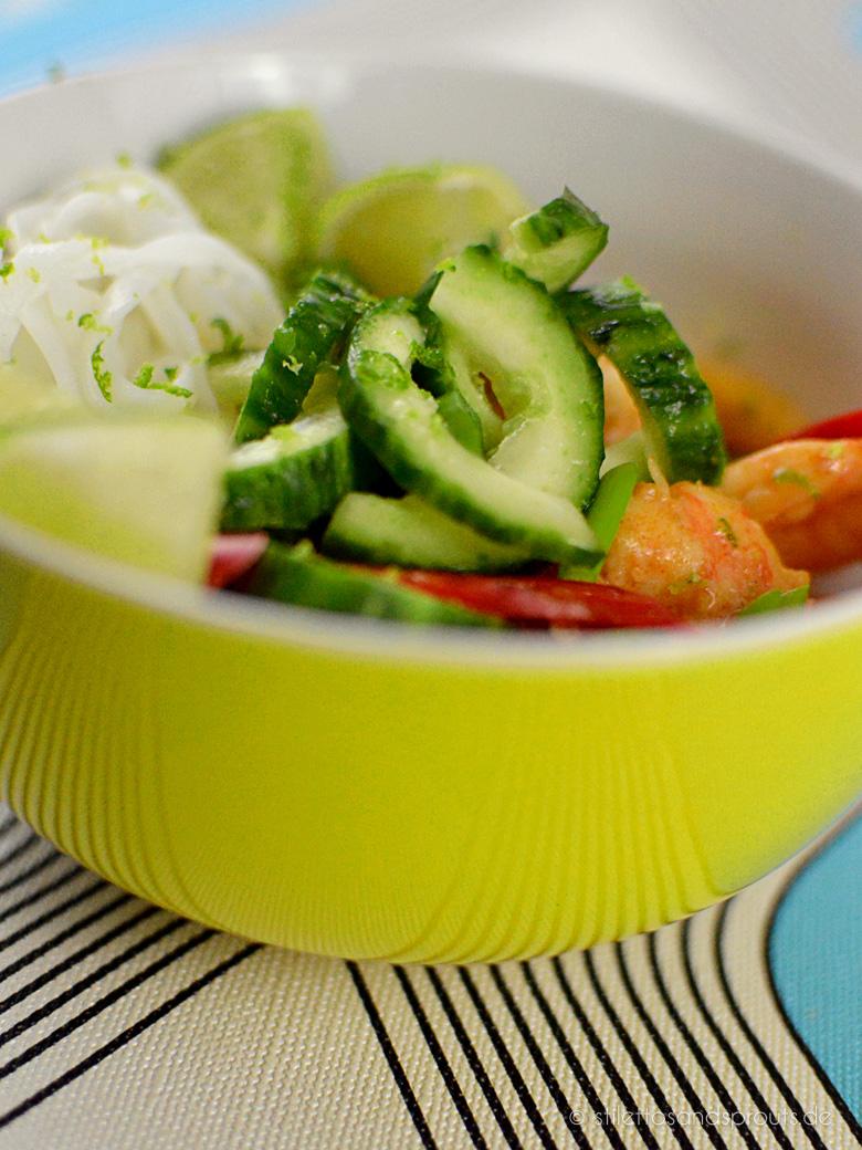 Mango Garnelen Curry Noodle Bowl