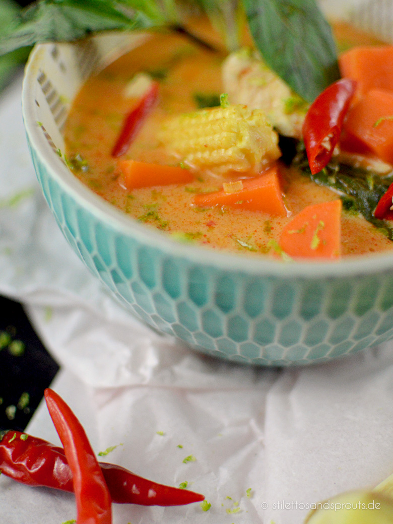 Rotes Thai Curry mit Süßkartoffeln