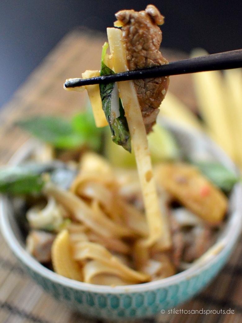 Thai Reisnudeln mit Rindfleisch