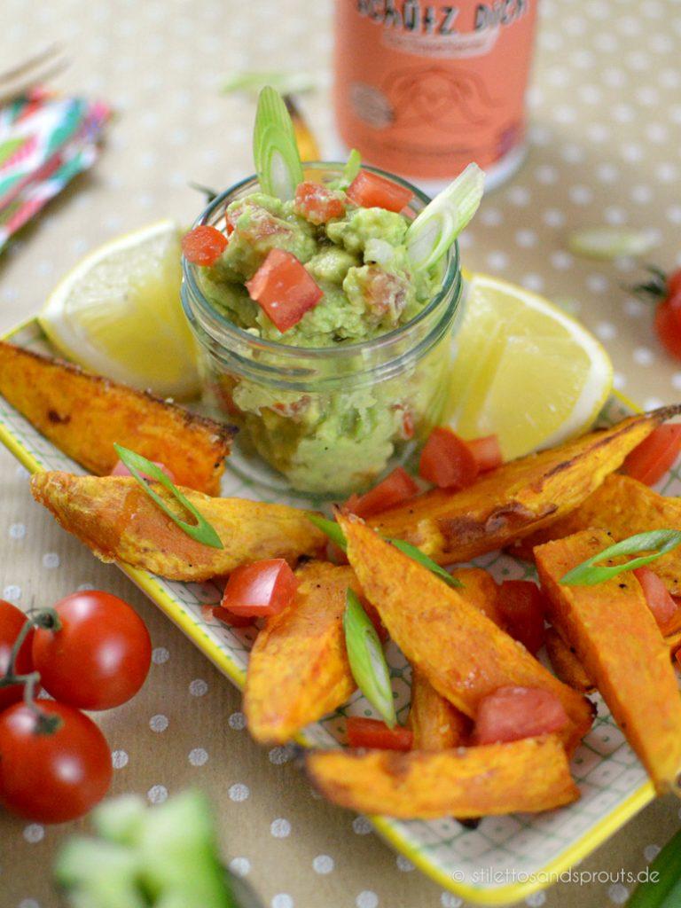 Süßkartoffelecken vegan mit Guacamole
