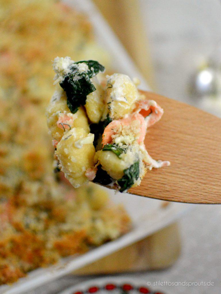 Gnocchi Spinat und Lachs aus dem Ofen