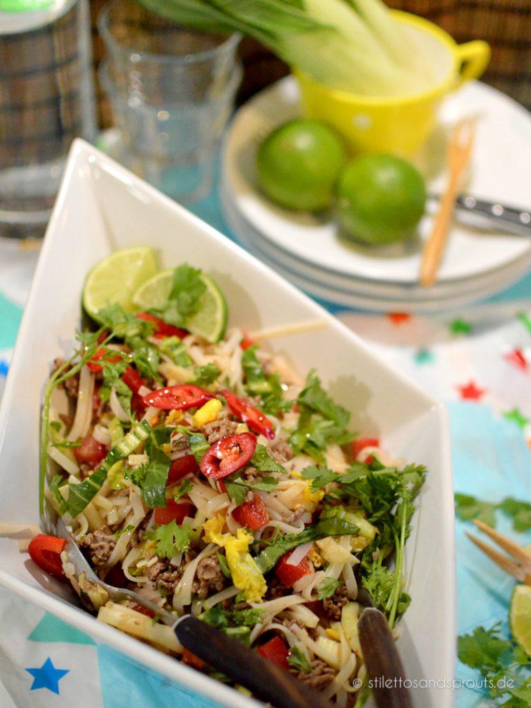 Gesund und lecker: Reisnudelsalat mit knackigem Gemüse