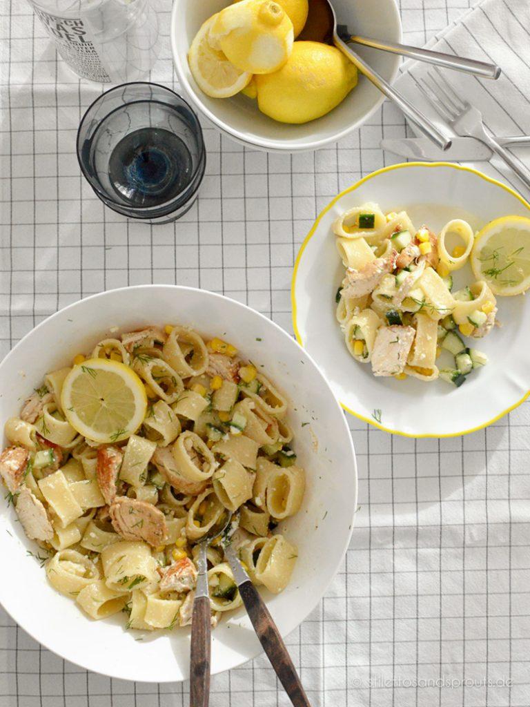 Ein echter Gute-Laune-Salat: Pasta Chicken Salat mit Zitrone