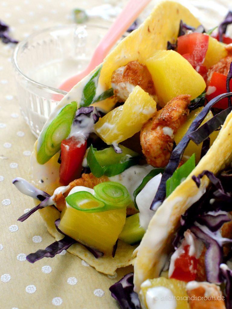 Alle Farben des Regenbogens finden sich in diesen gesunden Tacos