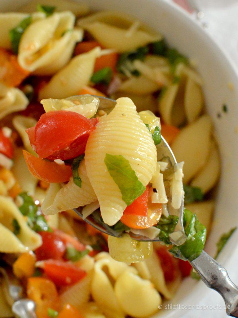 Wenig Fett, viele Vitamine – ein leichter Genuss ist dieser Sommersalat