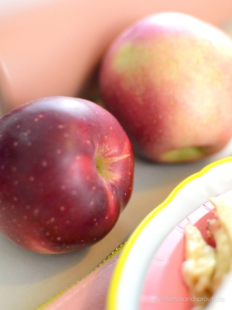 Süße, rote Äpfel eignen sich am besten für das Rezept