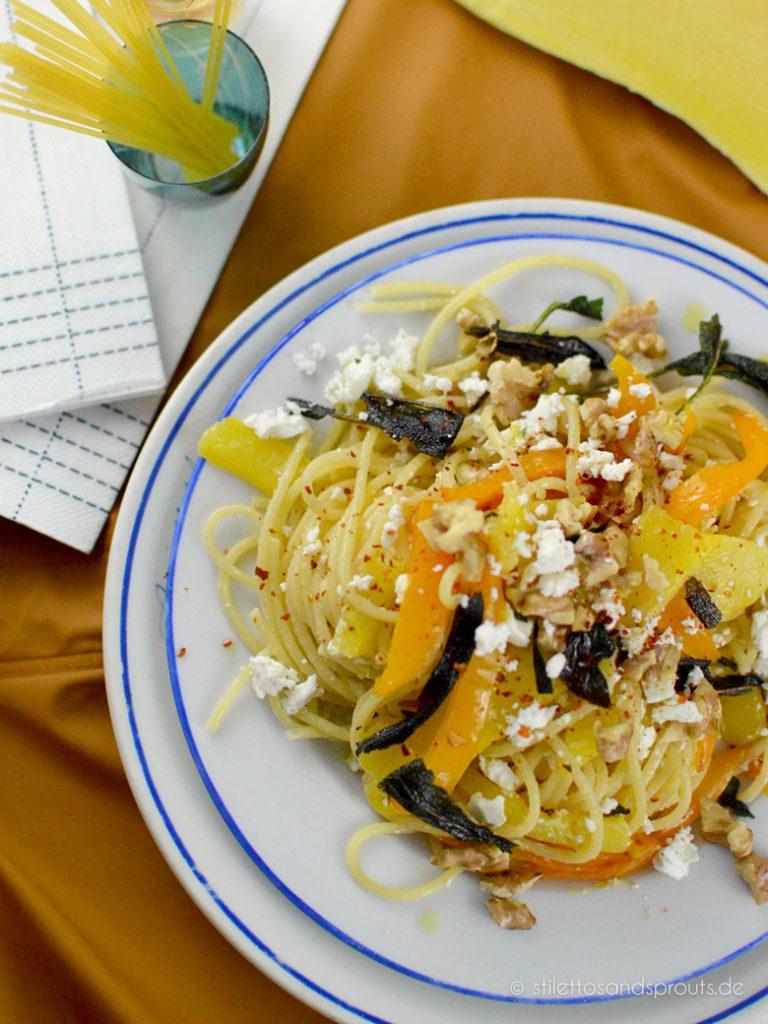 Veggie Pasta mit Butternut-Kürbis
