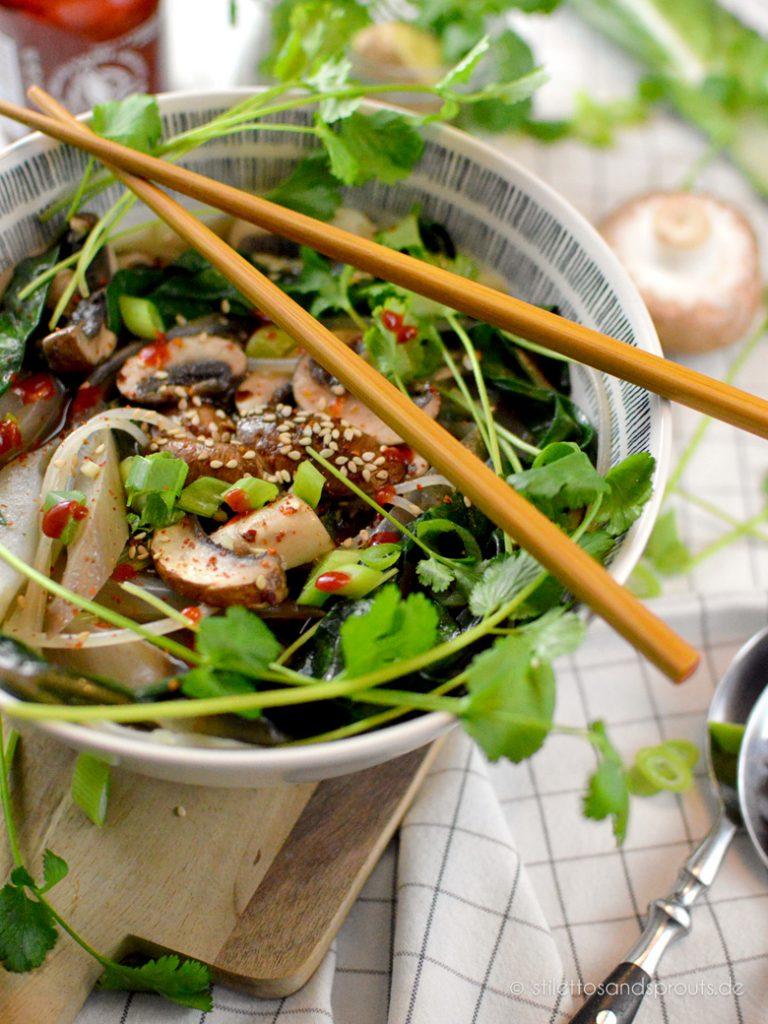 Gesund Detox-Suppe ohne Fleisch