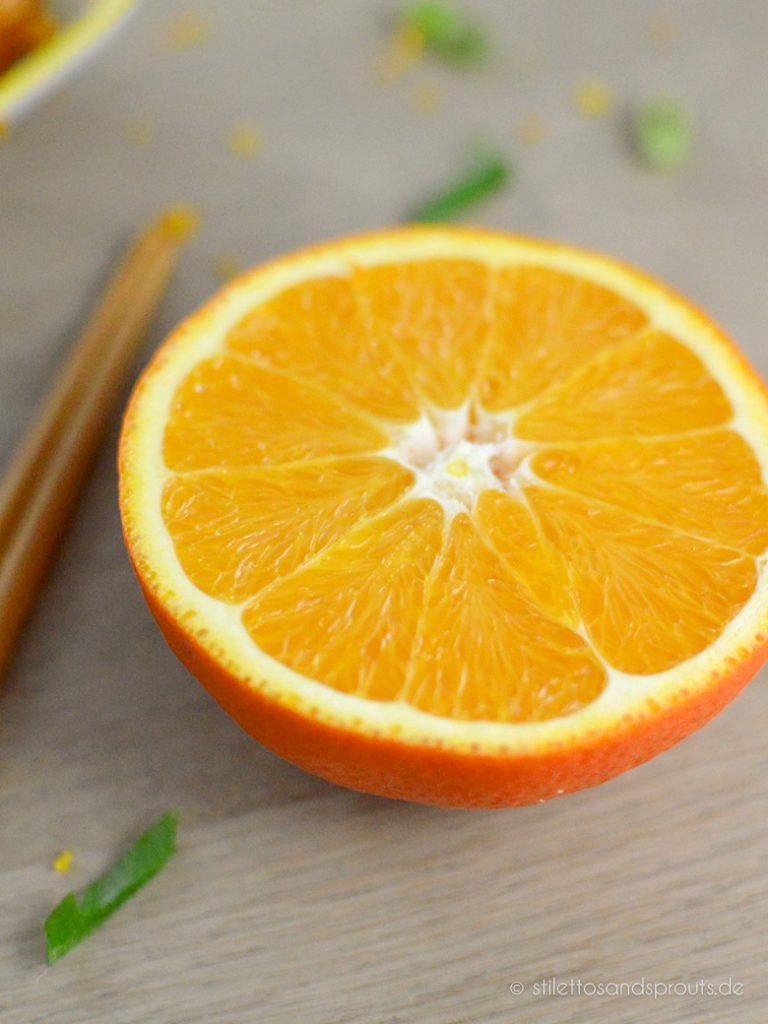 Ihr braucht frische Orangen für das Rezept