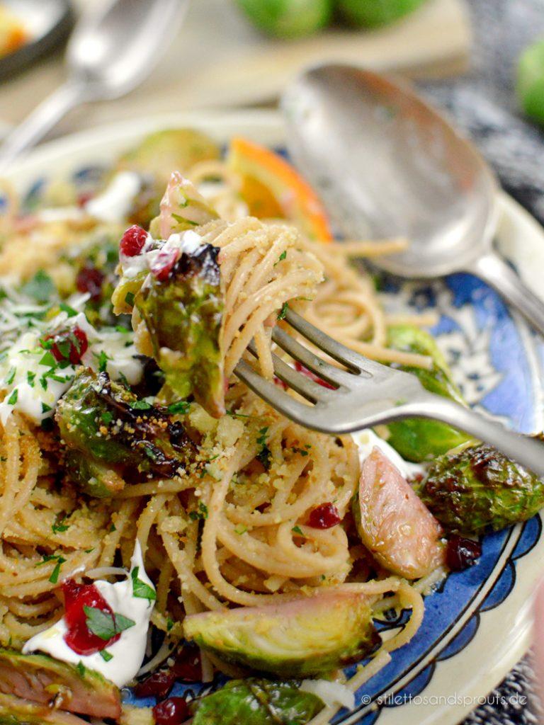 Winterliche Pasta mit Rosenkohl