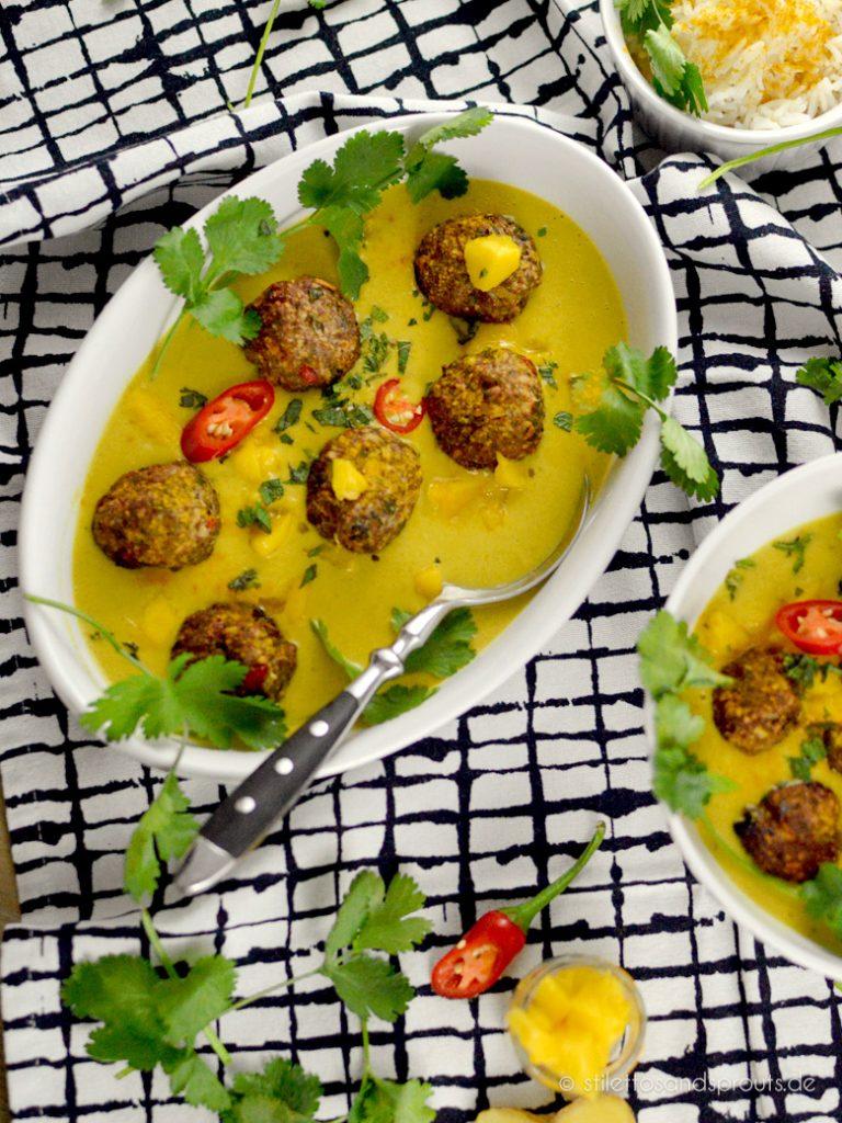 Fleischbällchen in Currysauce