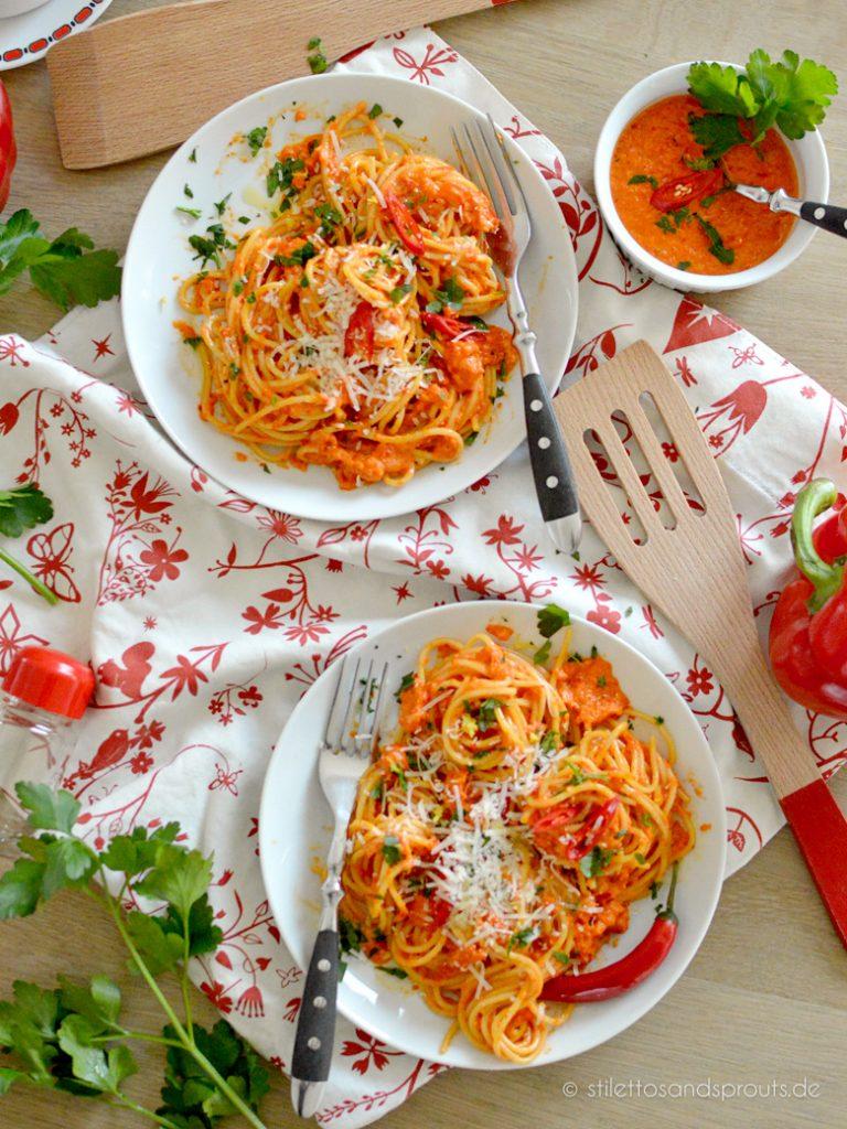 Spaghetti mit vegetarischer Gemüsesauce