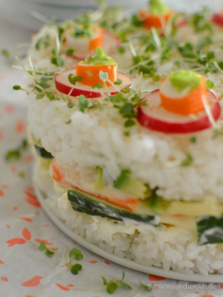Torte im Sushi-Style