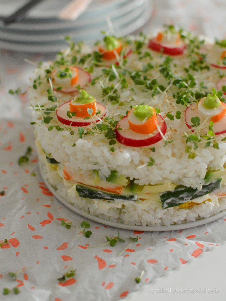 Kuchen mit Sushizutaten