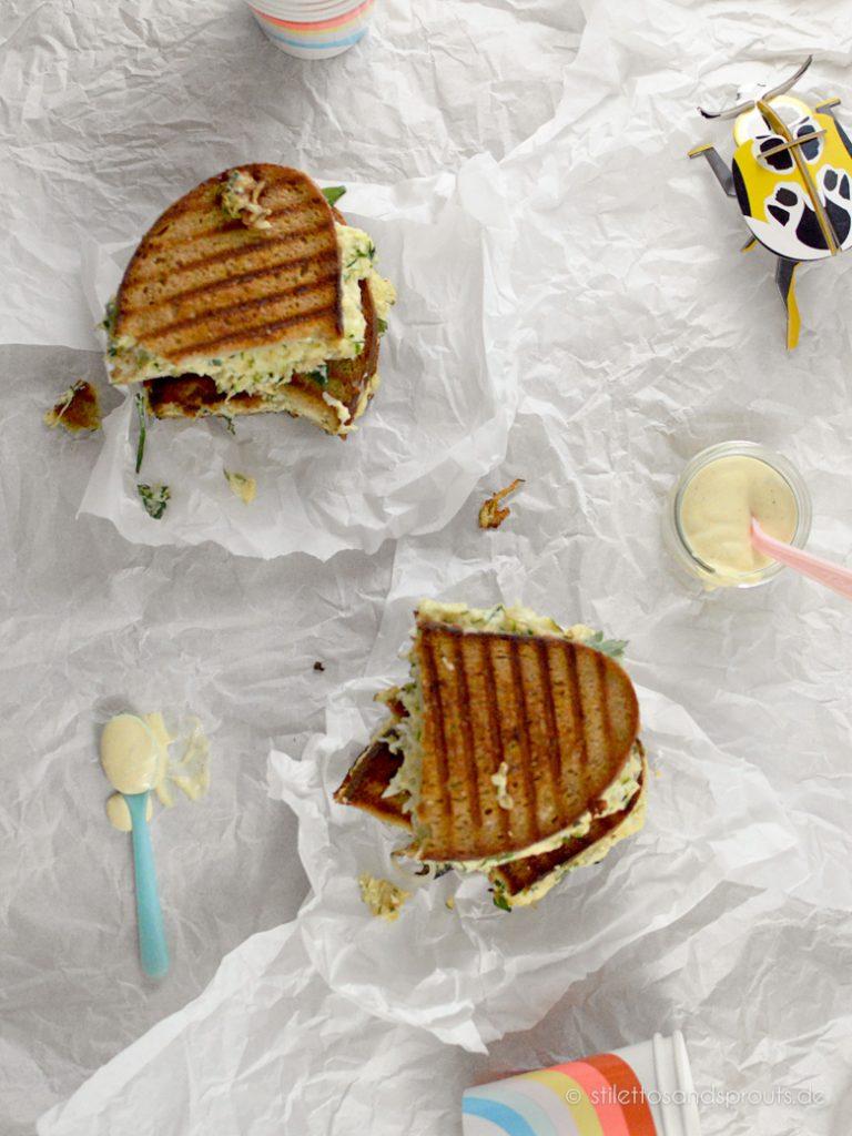 Vegetarisches Grilled Cheese Sandwich