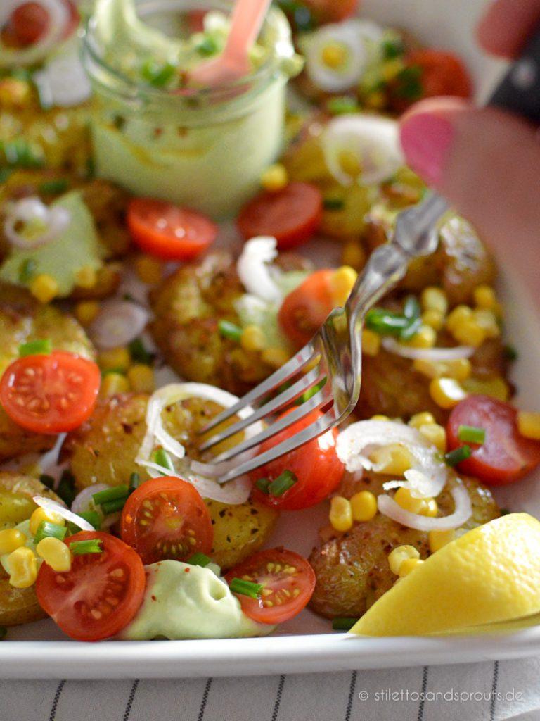 Smashed Potato Salat mit Avocado
