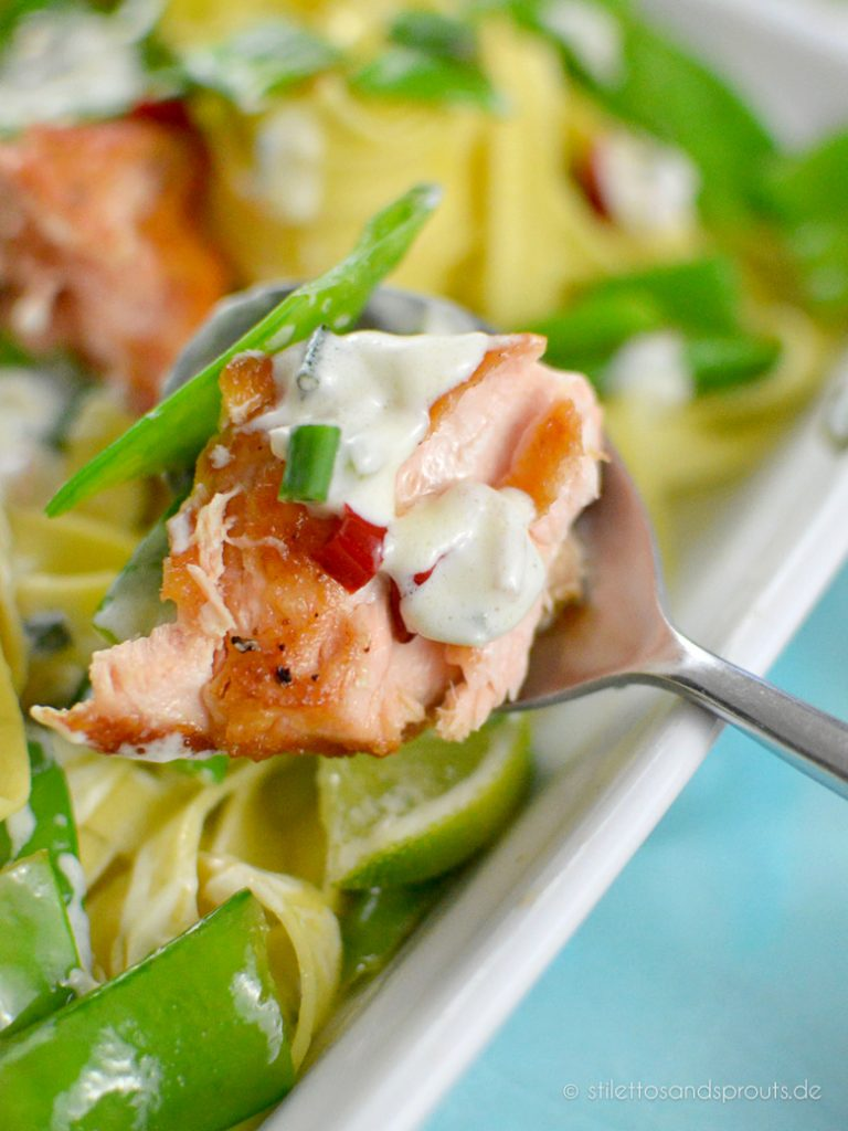 Lachs-Nudeln