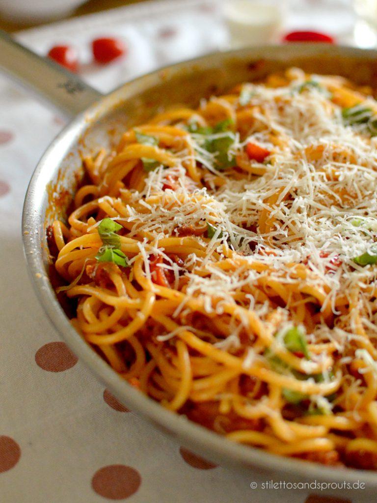 Schnelle Spaghetti mit Tomatensauce
